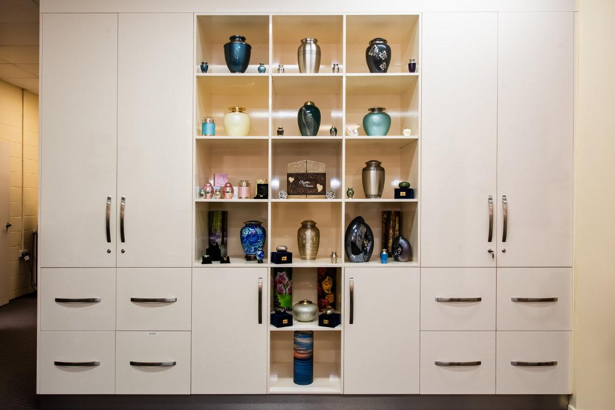 Mackay Reception Urn Cabinet
